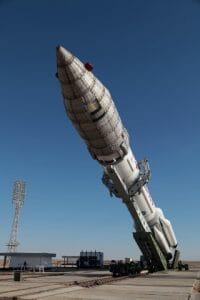 三菱電機製の通信衛星「タークサット4B」、打ち上げ準備進む=バイコヌール宇宙基地