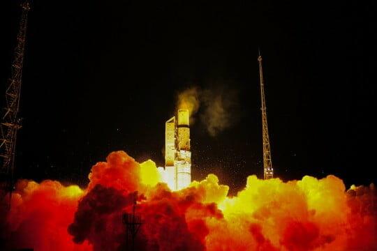 ロシアの「ロコット」ロケット、...