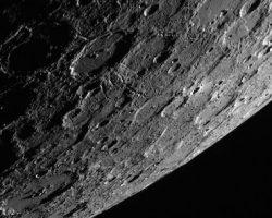 水星はどうして黒っぽいの? 最新の研究が解き明かす