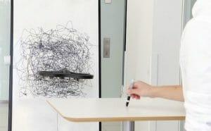 キコキコ。MITの「お絵かきドローン」が空中でドローイングする動画