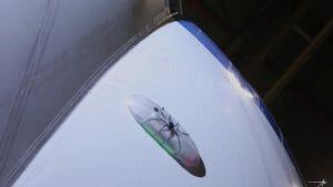 まるでクモ! 飛行船の自動修復ロボットをロッキード・マーティンが開発