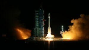 中国の宇宙ステーション計画がまた前進!「天宮二号」宇宙実験室を打ち上げ