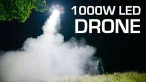 宇宙人襲来!? 1000ワットLED搭載ドローンが地上を襲う!