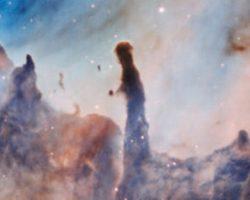 宇宙の絵画。「イータ・カリーナ星雲」を捉えた画像が美しすぎる