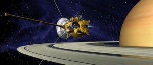 探査機カッシーニ、土星「Fリング」の接近観測へ 小衛星の観測にも期待