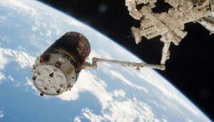 スペースデブリ除去実験へ 「こうのとり6号機」ISS分離し「KITE」実施