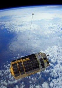 こうのとり 宇宙ゴミ除去「KITE」実験中断との報道 ワイヤー打ち出しに失敗か