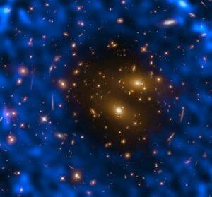 「銀河団を覆う高温ガス」起こす現象、史上最高の解像度で観測 アルマ望遠鏡