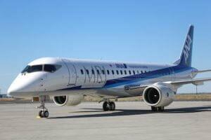 MRJ、パリ郊外のル・ブルジェ空港に到着 パリ・エアショーで展示