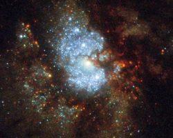 渦巻銀河「IC 342」のまばゆい輝き ハッブル宇宙望遠鏡が捉える