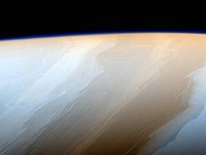 「土星」の波のような雲、見たことありますか?
