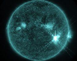 1000倍以上の大型太陽フレア発生 8日以降は通信やGPS、送電線への影響に注意