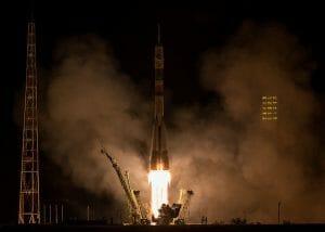 米露宇宙飛行士、宇宙ステーションへと到着 「ソユーズ」ロケット打ち上げ成功