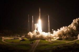 「アトラスV」ロケット打ち上げ実施 米偵察衛星「NROL-52」搭載