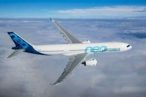 エアバスの「A330-900」、初飛行に成功