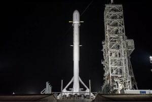 スペースX、謎の政府系ミッション「Zuma」1月5日に打ち上げ予定
