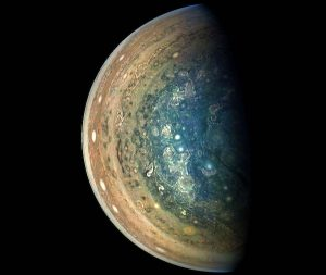 木星の大迫力の南極側 ジュノー観測