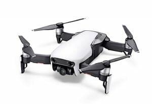 DJI「Mavic Air」発表 スマホサイズの折りたたみドローン、4K撮影も可能