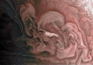 木星の赤い嵐をジュノーが捉える