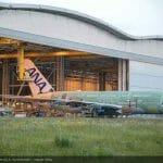 ANAのA380、最終組立工場からロールアウト