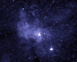 天の川の中心に集まるブラックホール