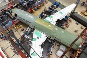 エアバス、ACJ320neo初号機の最終組立を開始