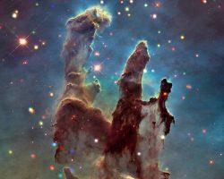 X線で捉えた美しいわし星雲の「創造の柱」