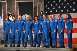 スペースXやボーイング宇宙船搭乗の飛行士9人、NASAが発表