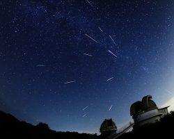 8月13日、ペルセウス座流星群が極大に 今年は観測条件も最高