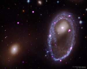 3億光年先の衝突によって生まれた環状銀河
