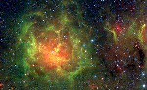 赤外線で捉える「星のゆりかご」