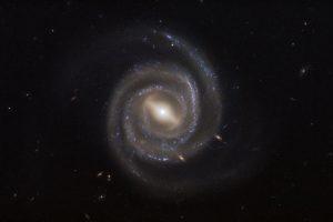超大質量ブラックホールとメガメーザー