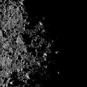 エクストリームなハイキング!? NASAが「ベンヌ」の荒々しい最新画像を公開