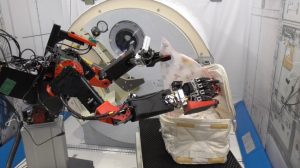GITAIとJAXAが共同研究実施。「きぼう」模擬フィールドで遠隔操作ロボットの作業実験