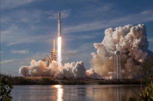 ファルコン・ヘビー、NASA実験装置を打ち上げへ