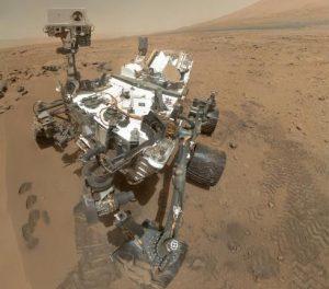 火星探査車キュリオシティは、かつてオアシスのように水をたたえていた場所にいた