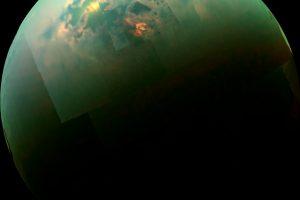 衛星タイタンにある湖の知られざる特徴が明らかに