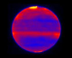 """木星と太陽の""""深い""""関係。太陽はオーロラを介して木星の大気を暖める"""