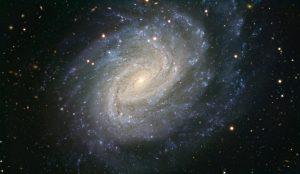 渦巻構造がハッキリよく分かる銀河の超新星