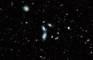 26万の光は全て銀河。133億年の歴史を示す「京」個の星達