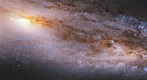 暗い銀河の中の兆を超える星