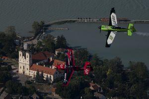 室屋がハンガリーに舞う! 週末はレッドブル・エアレース・バラトン湖大会を応援しよう