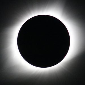7月3日早朝に皆既日食!NASAが南米チリから生中継
