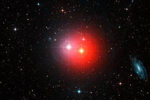 赤色巨星が導く銀河の距離。第四の測定方法でハッブル定数の新しい値が登場
