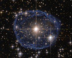 青い泡の中のウォルフ・ライエ星