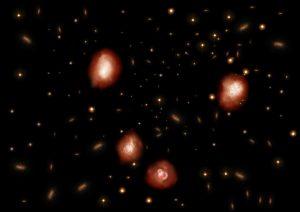 """ハッブルでも見えなかった""""初期宇宙の星形成銀河""""をアルマ望遠鏡が初観測"""