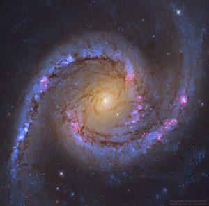 """宇宙でも""""映え""""。フォトジェニックな渦巻銀河"""