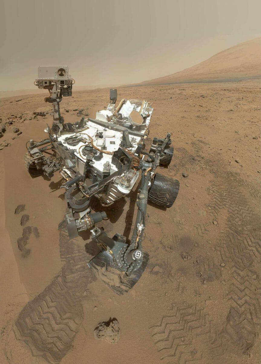 2012年10月に撮影されたキュリオシティのセルフィー(Credit: NASA/JPL-Caltech/Malin Space Science Systems)