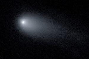 間もなく太陽に最接近する恒星間天体「ボリソフ彗星」の最新画像が公開