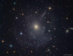 楕円銀河M89に見る「激動の時代」の痕跡